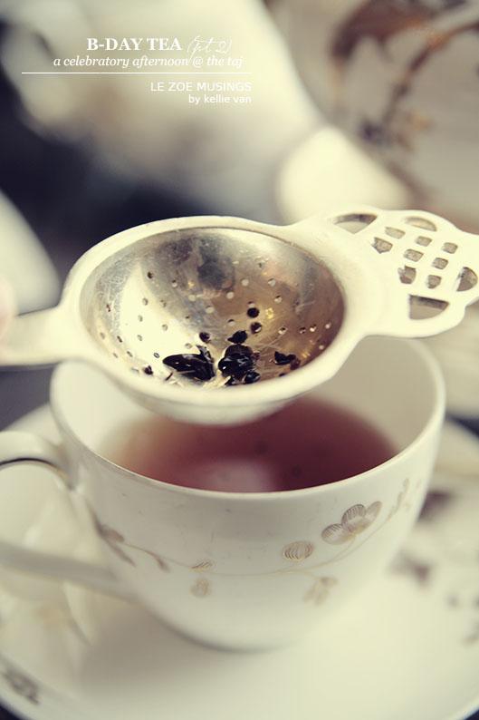 holiday tea999