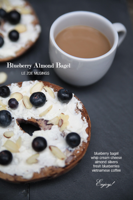 BLUEBERRY ALMOND BAGEL2