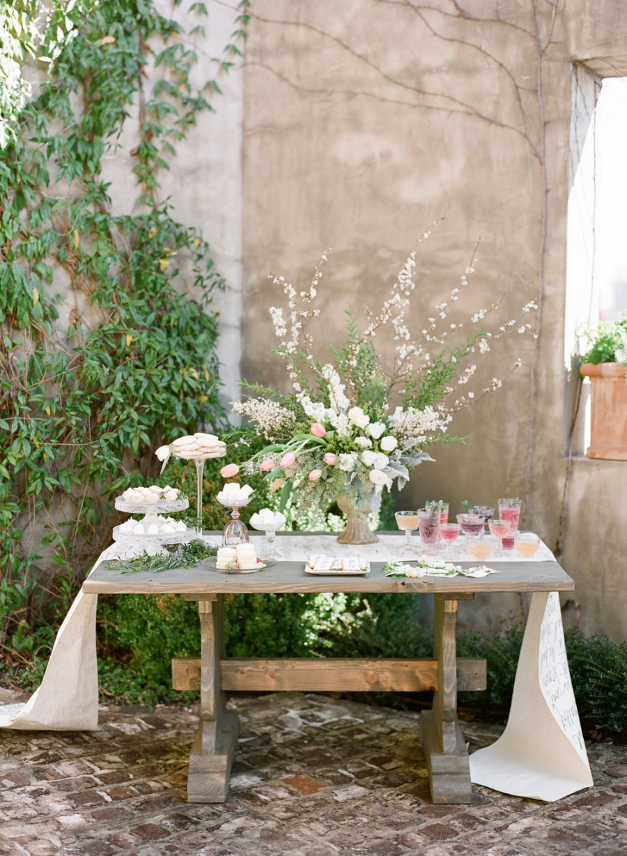 Dessert Table 12
