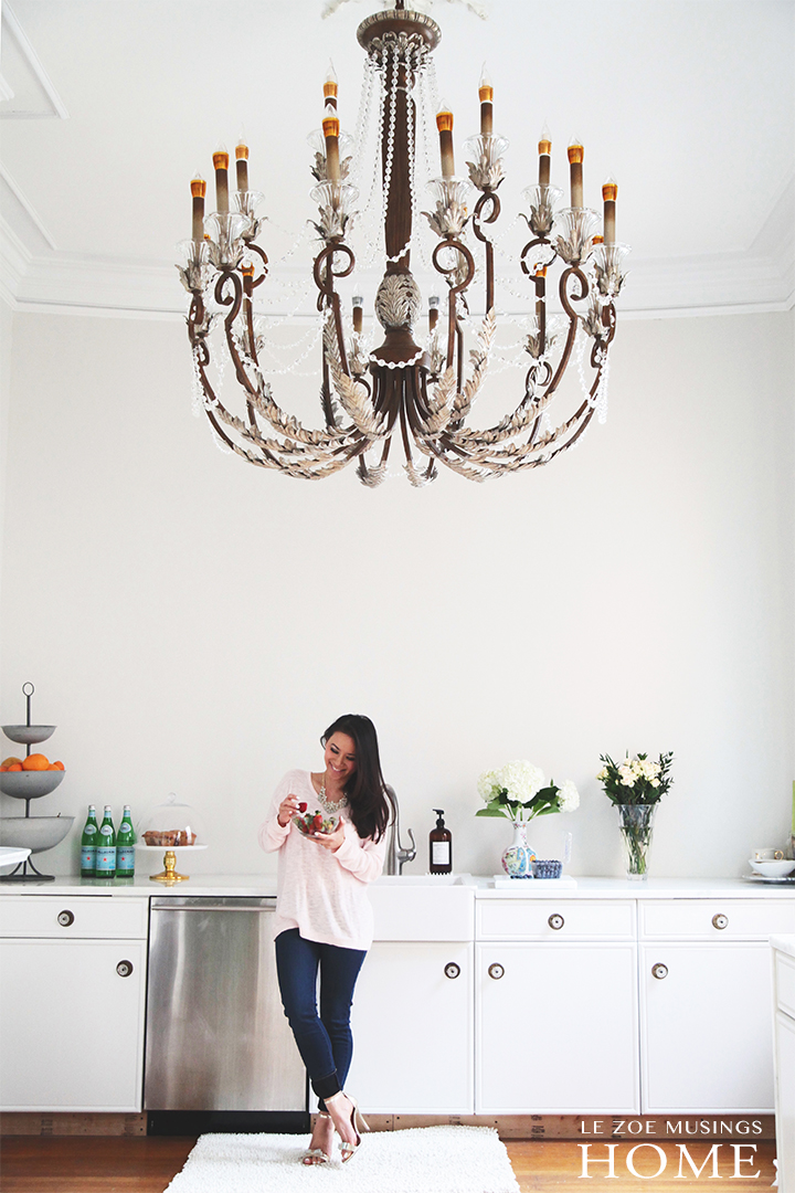 White Minimal Kitchen by Le Zoe Musings