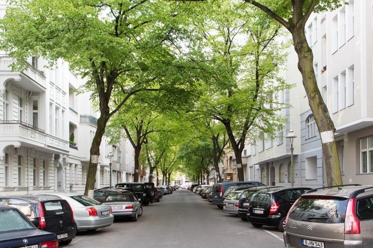 Berlin Apt 21
