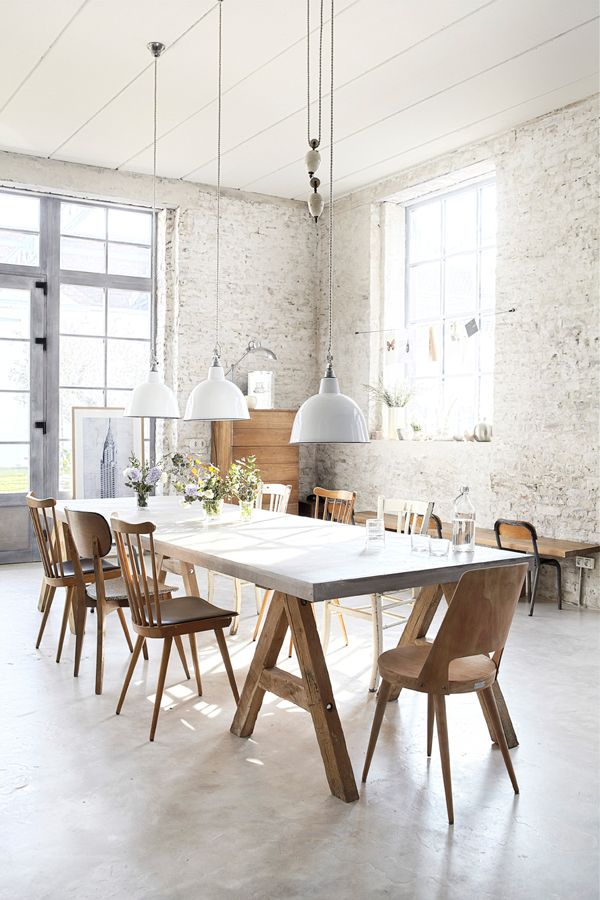 dining room_white brick walls